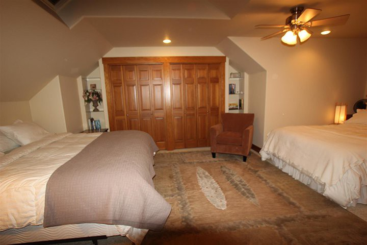 Bedroom 4, Upper Left
